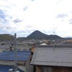 [バルコニー(南側)] 近江富士が真正面に見えます。三角おにぎり!
